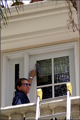 Window Cleaning Glass Scratch Removal